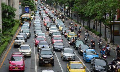 """Villafranca, traffico congestionato per """"Villa in fiore"""""""
