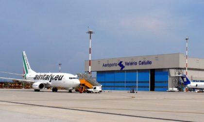 Temporale manda in tilt l'aeroporto Catullo