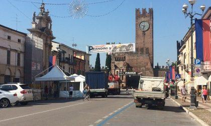 Chiuso Corso Vittorio Emanuele, uomini al lavoro