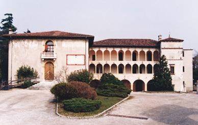 Villa Spinola, si accende il cinema all'aperto