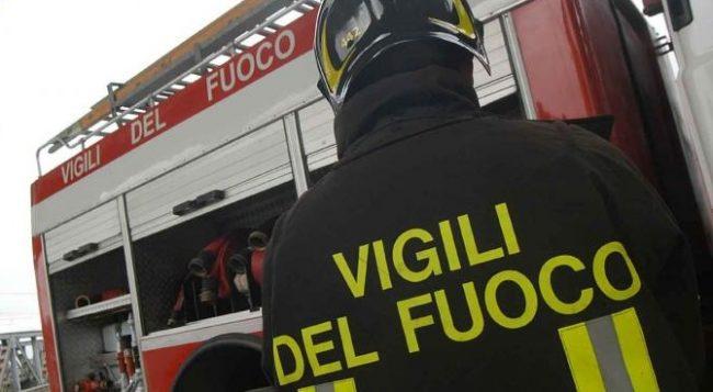 Omaggio ai caduti di Catania da parte dei vigili del fuoco di Verona
