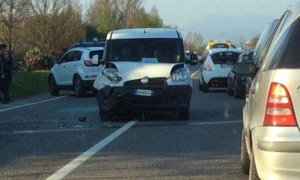 Sommacampagna: scontro tra due auto
