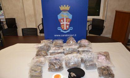 Intercettato con 23 chili di hashish, arrestato un corriere
