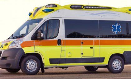 Frontale tra auto, 4 feriti gravi