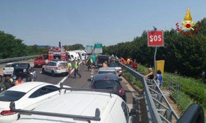 Inferno in autostrada, diverse le persone ferite