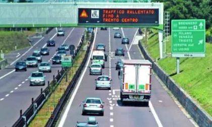 Traffico e code, autostrada in tilt