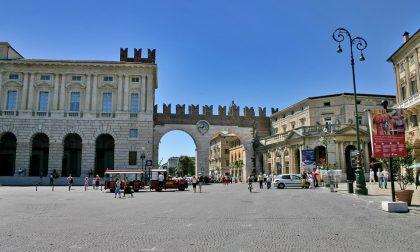 Terrorismo, barriere in piazza Bra