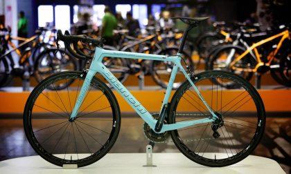 Cosmobike, la bicicletta in scena a Verona