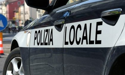 Incidente in via Esperanto, deceduto un motociclista