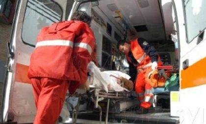 Scontro auto - moto: due feriti