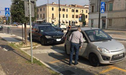 Villafranca, botto alla rotonda di via Messedaglia