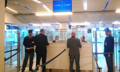 Prova a partire per la Moldavia ma deve scontare la pena