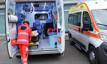 Grave incidente tra auto e moto a Isola Rizza