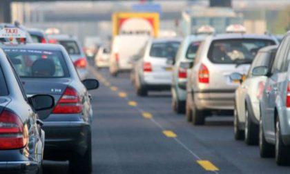 Traffico in tilt:  ora sono 16 i chilometri di coda in autostrada