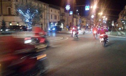 Villafranca, lo spettacolo dei babbi in moto. FOTO E VIDEO