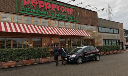 Deruba le dipendenti di Pepperone, arrestato