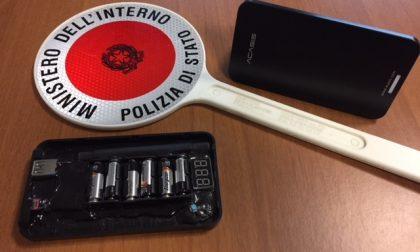 Rubano profumi per migliaia di euro, arrestate due donne