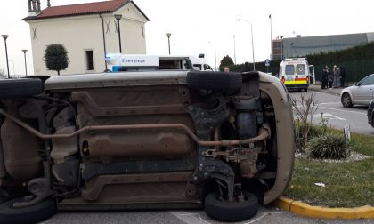Auto ribaltata a Monteforte d'Alpone