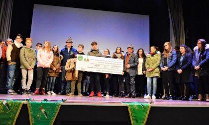 Gli Alpini premiano gli studenti di Mozzecane