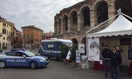 Questo non è amore, la campagna della polizia arriva a Verona