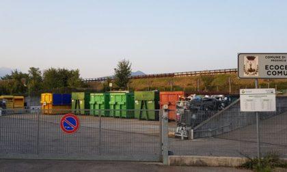 Isola ecologica chiusa per lavori