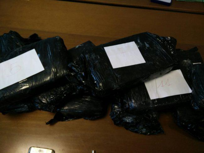 Arrestato incensurato con oltre 15 chilogrammi di cocaina pura ...