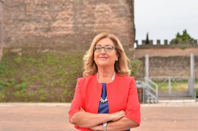 Elezioni Villafranca di Verona, Isabella Roveroni