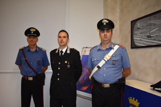 Arrestato spacciatore collaborazione a confine. L'ultima operazione dei carabinieri ha confermato ancora una volta che la droga viene portata da altre province.