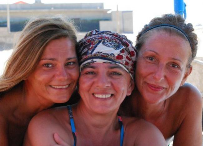 Loredana, l'infermiera forte e coraggiosa. Aiuta le altre donne a guarire dal tumore con l'associazione Rosa Alba.