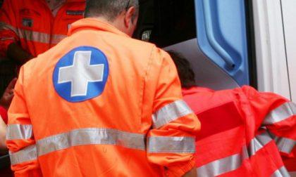 Uomo rischia di annegare a Brenzone: salvato da un bagnante