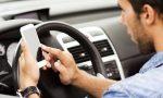 Cellulare alla guida, 25 multe in poche ore