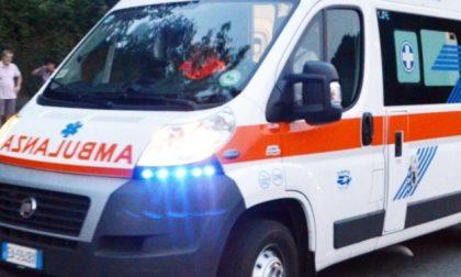 Incidente a Verona: auto contro bici, grave un 59enne