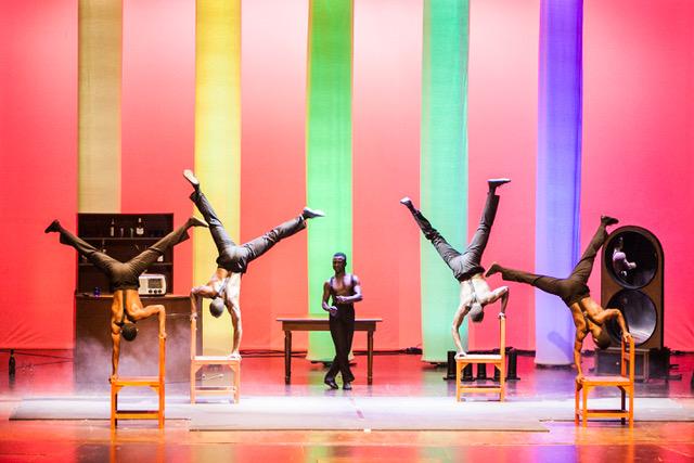 Anara Pitanara, il grande show dell'inaugurazione