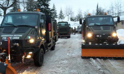 Neve attesa per venerdì: spargisale in azione e mezzi spartineve pronti per essere usati