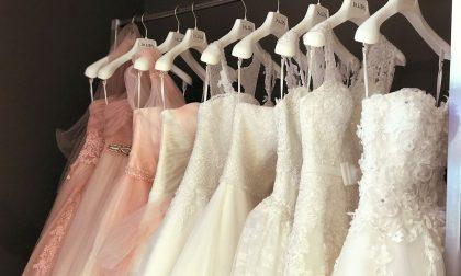 Una tassa per gli abiti da sposa troppo scollati