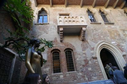 Attrazioni fake amatissime dai turisti, una è a Verona