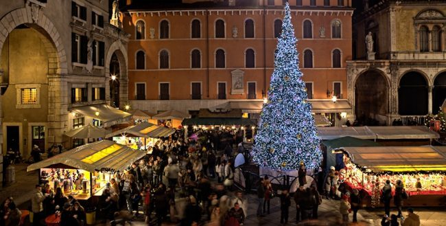 Immagini Di Verona A Natale.Mercatini Di Natale Verona 2018 Date E Tutto Quello Che C E