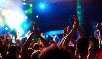 Documento falso per entrare in discoteca nel week end di Ferragosto: denunciata 14enne