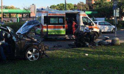 Incidente in via Pancaldo. Sul sinistro che si è verificato oggi a Verona è intervenuta la polizia municipale che ora verificherà dalle immagini di videosorveglianza le esatte manovre dei veicoli.