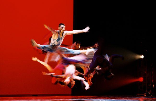 Aeros danza con i campioni della Federazione romena