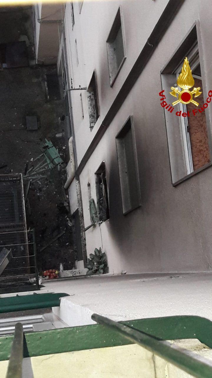 """Incendio via Poloni. Sboarina: """"Siamo una grande città anche nell"""