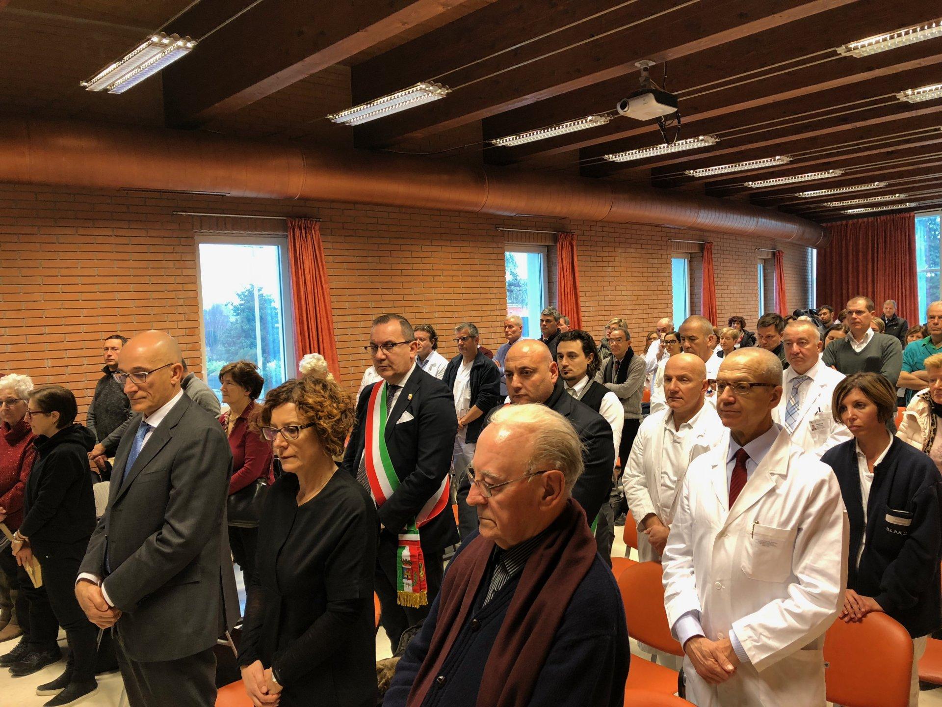 Ospedale Magalini, gli auguri del vescovo Zenti FOTO e VIDEO