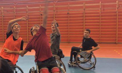 Il basket in carrozzina di Verona incontra gli studenti