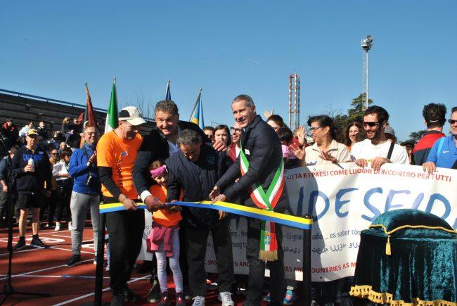 Inaugurata la nuova pista del Consolini con i ragazzi della Grande Sfida
