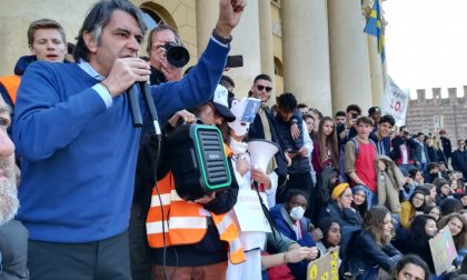 Sciopero mondiale 15 marzo per il clima Verona intervento del sindaco e dell'assessore