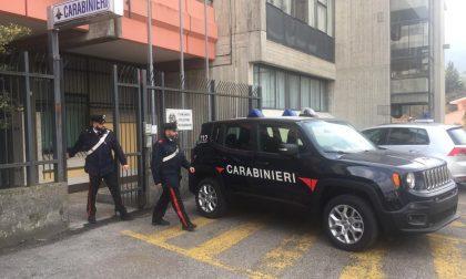 Estorce denaro all'ex: donna arrestata dai Carabinieri