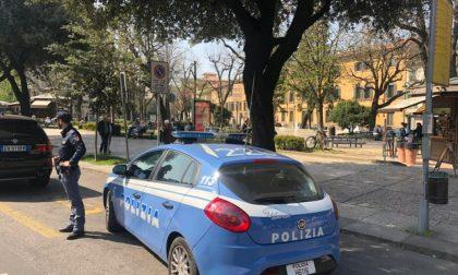Aggredisce un poliziotto in via Valverde: arrestato 26enne pakistano