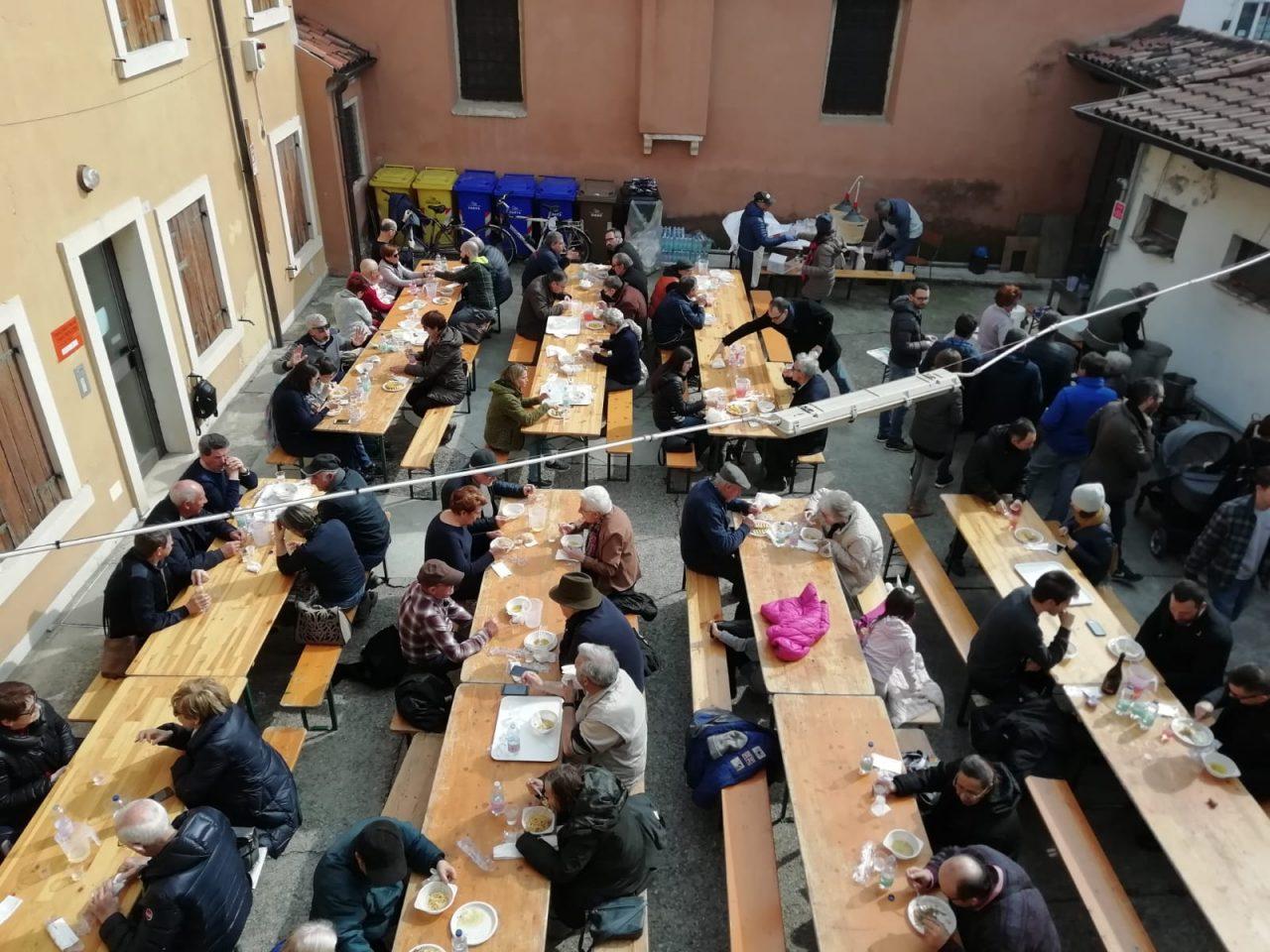 Polenta e renga: tradizione rispettata a San Rocco