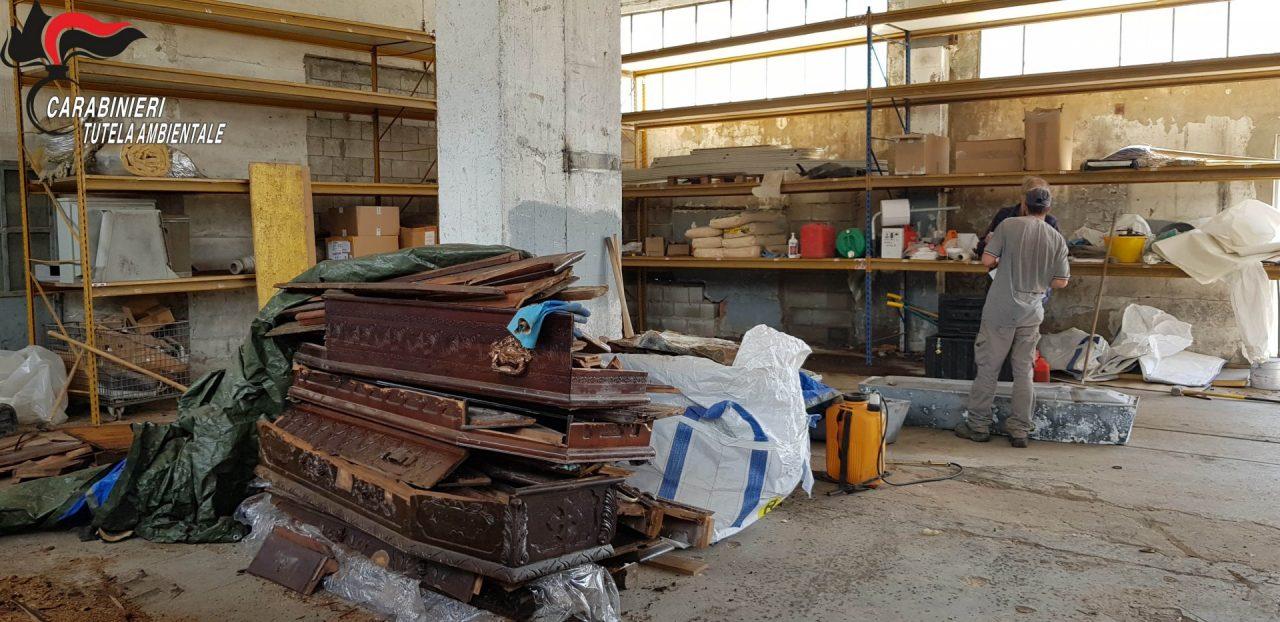 Defunti del Veneto stoccati in un capannone anziché cremati: scoperta shock dei Carabinieri