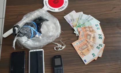 Fugge sulla Transpolesana con 100mila euro di cocaina a bordo